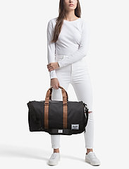 Herschel - NOVEL - 600D POLY BLACK - weekend and gym bags - black - 1