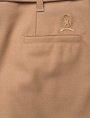 Hilfiger Collection - HCW CHINO SKIRT - midi skirts - cornstalk - 4