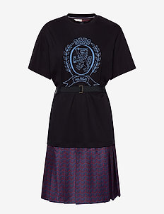 HCW MONOGRAM TSHIRT, - midi dresses - deep well
