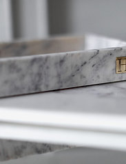 Hilke Collection - Marbletray with logo - dekorative fat - marble/brass - 3