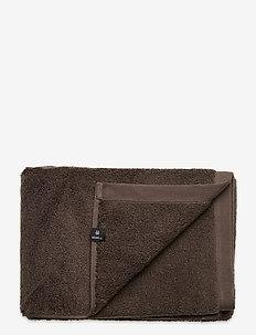 Maxime Towel - zwischen 100€ und 200€ - brownie