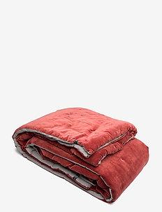 Indra Bedspread - Överkast - maroon