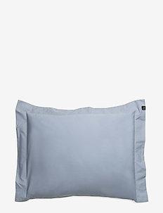 Drottningholm Pillowcase with wing - tyynyliinat - aftonbris