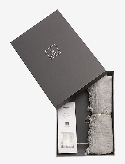 Gift Box Levlin throw - SILVER