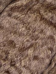 Hollister - Fur Lined Parka - parki - black dd - 10