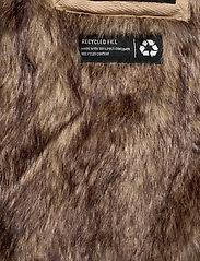Hollister - Fur Lined Parka - parki - black dd - 11