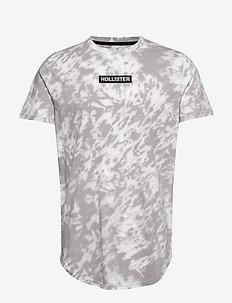 Graphic T-Shirt - WHITE PATTERN