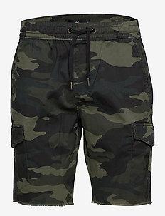 Jogger Short - casual shorts - green camo