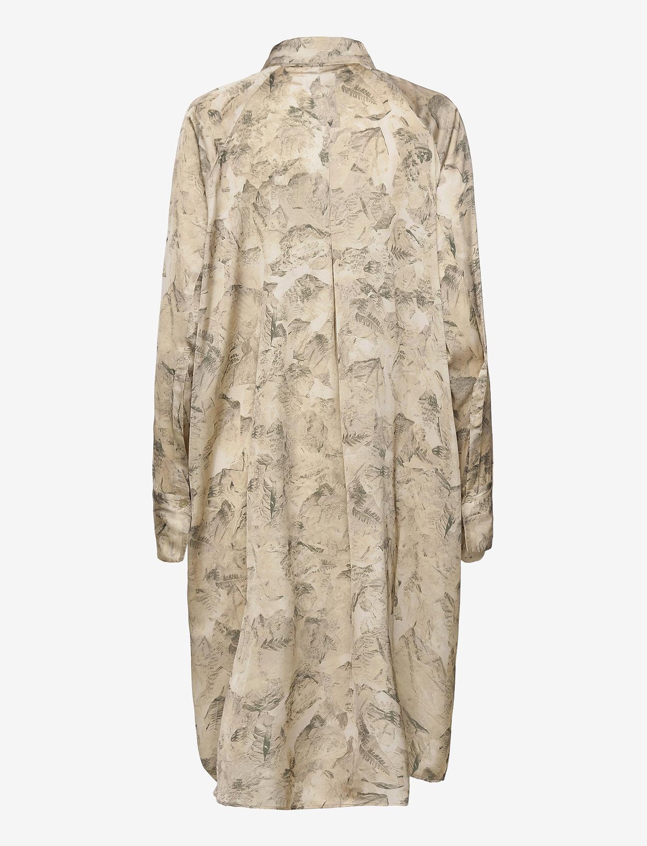 HOLZWEILER - Fram Print Dress - shirt dresses - tree fossil brown - 1