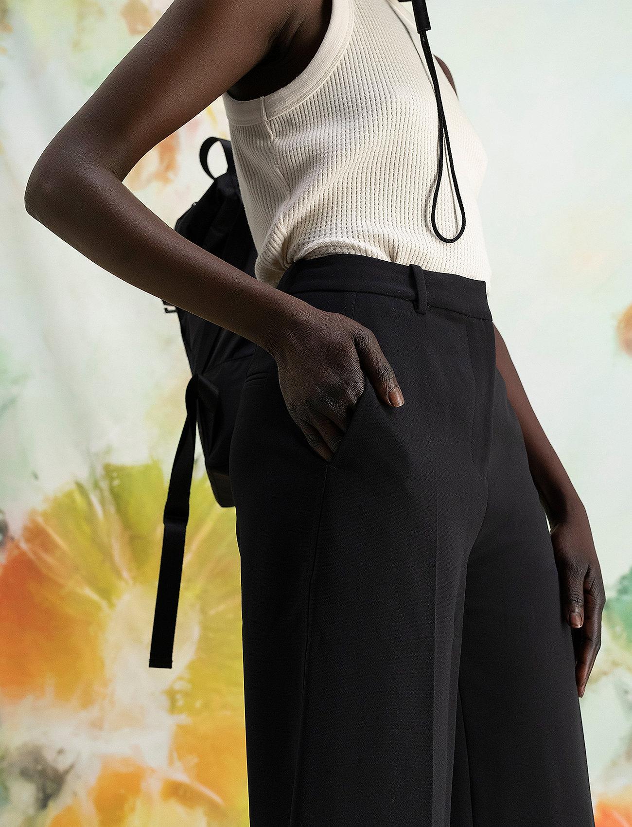 HOLZWEILER - Bottomsup Trouser 1 - broeken med straight ben - black - 0