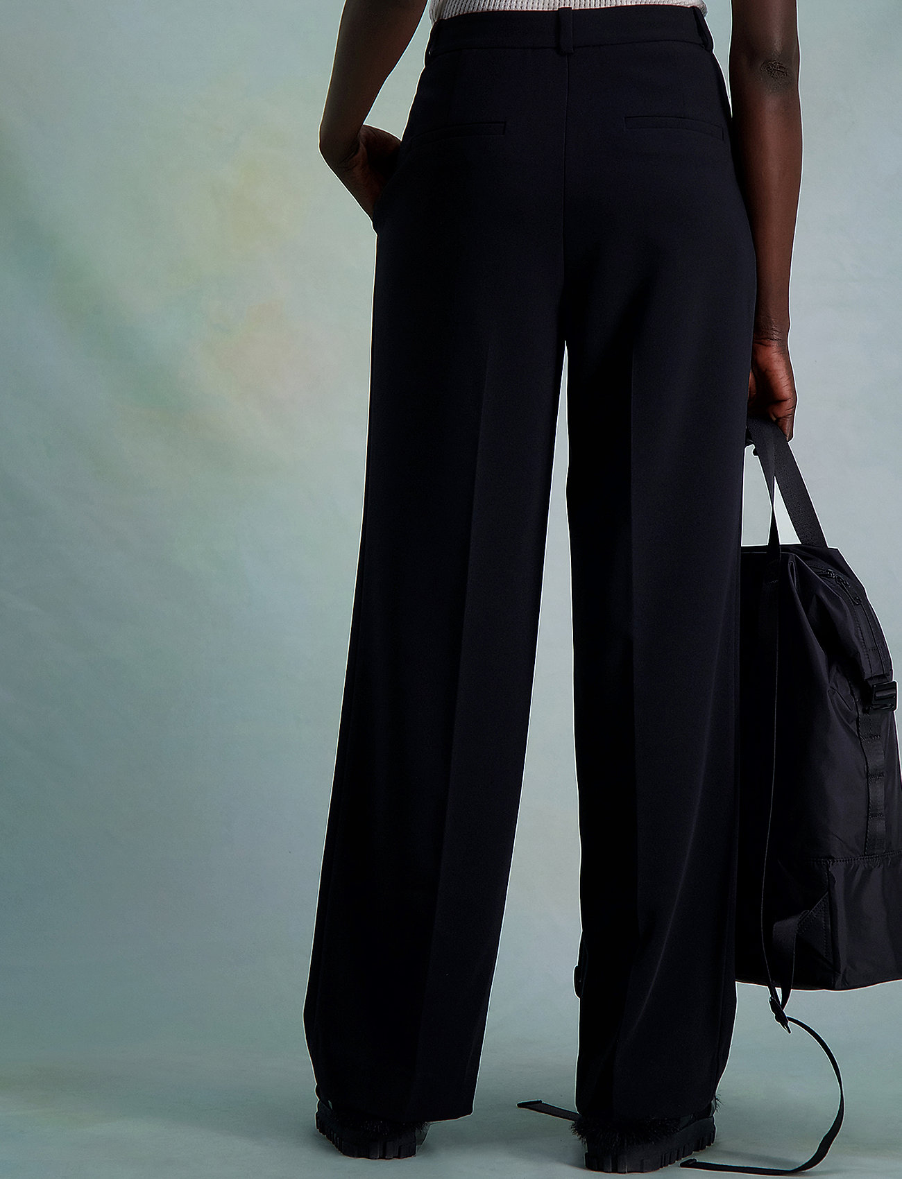 HOLZWEILER - Bottomsup Trouser 1 - broeken med straight ben - black - 3