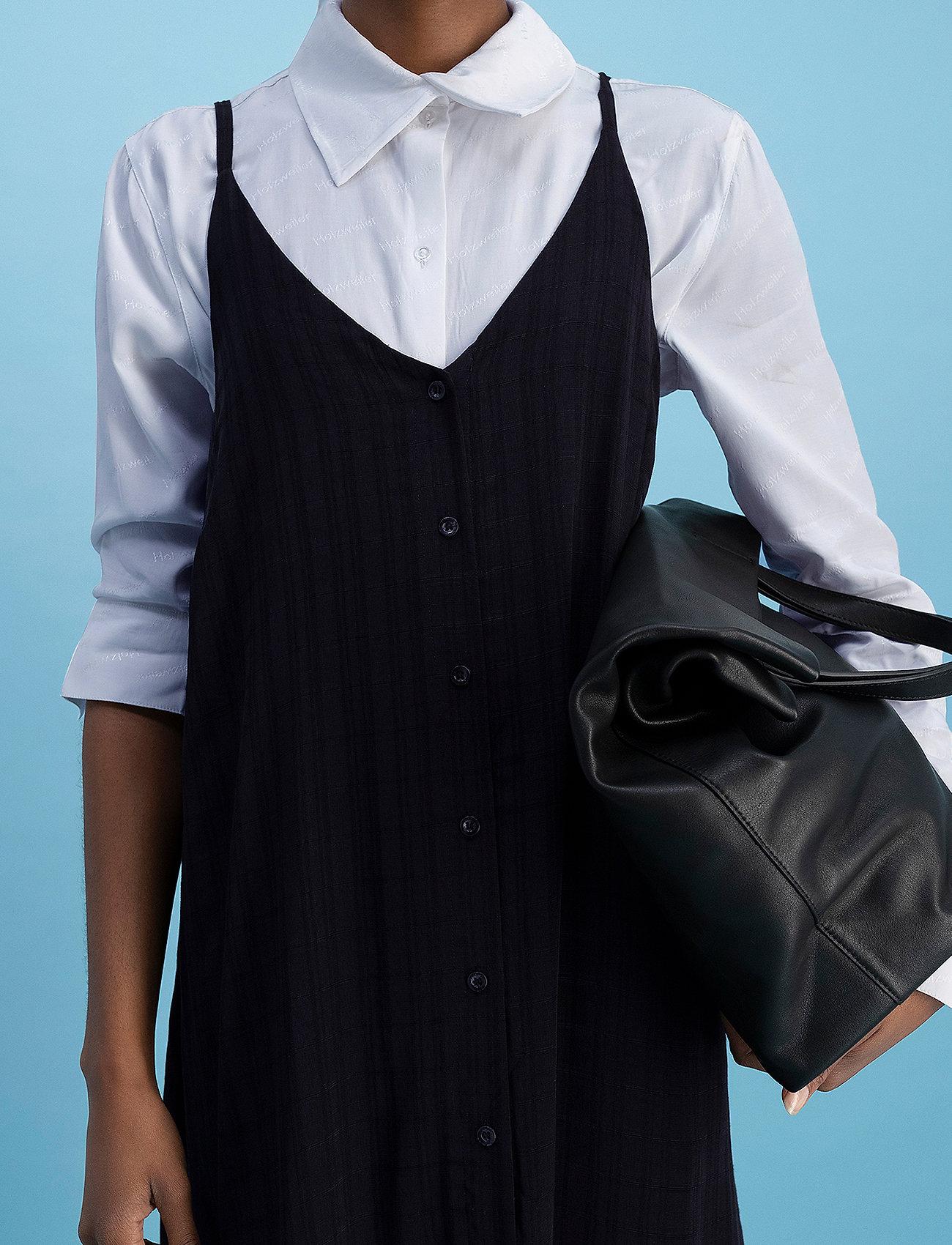 HOLZWEILER - Svinten Dress - maxi dresses - black - 3