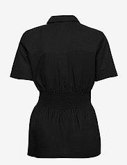 HOLZWEILER - Svale Shirt - short-sleeved shirts - black - 1