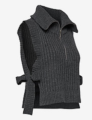 HOLZWEILER - Hafjell Knit Bib - knitted vests - charcoal - 3