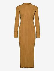 HOLZWEILER - Hadeland Knit Dress - bodycon dresses - lt. brown - 1