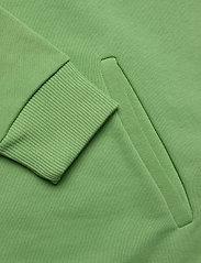 HOLZWEILER - Hang on sweat - bluzy z kapturem - green - 8