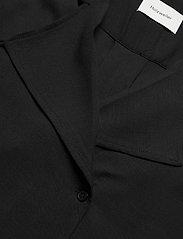 HOLZWEILER - Borger Shirt1 - short-sleeved blouses - black - 2