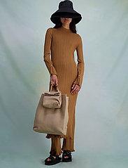 HOLZWEILER - Hadeland Knit Dress - bodycon dresses - lt. brown - 0