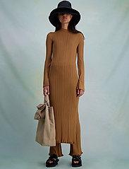 HOLZWEILER - Hadeland Knit Dress - bodycon dresses - lt. brown - 3