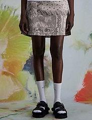 HOLZWEILER - Belle Brocade Skirt - korta kjolar - dk. green mix - 3