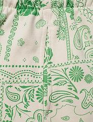 HOLZWEILER - Musan Sweat Shorts  - shorts casual - green mix - 4