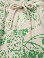 HOLZWEILER - Musan Sweat Shorts  - shorts casual - green mix - 5