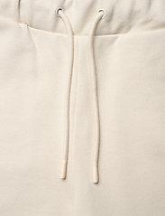 HOLZWEILER - W. Oslo Shorts - shorts casual - ecru - 2