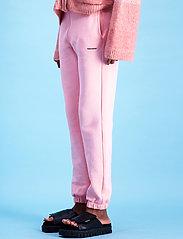 HOLZWEILER - Gabby Sweat Trouser - kleidung - lt. pink - 4