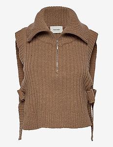 Hafjell Knit Bib - knitted vests - camel