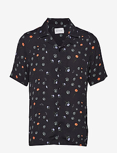 BO Print Shirt - kortærmede skjorter - black