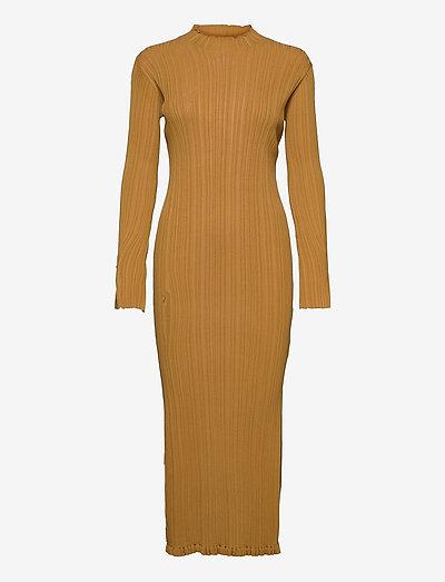 Hadeland Knit Dress - hverdagskjoler - lt. brown