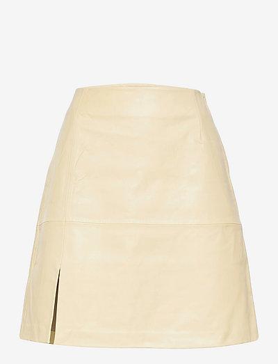 Belle Leather Skirt - midi skjørt - lt. yellow
