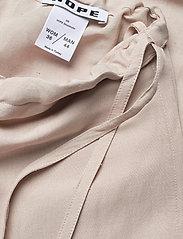 Hope - Laze Trousers - bukser med brede ben - beige - 4