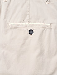 Hope - News Edit Trousers - chinos - off white - 4
