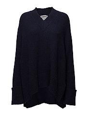 Moon Sweater - DK BLUE