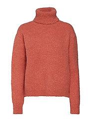 Nova Sweater - AMBER
