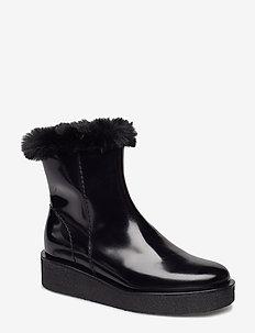 Sky Boot - BLACK