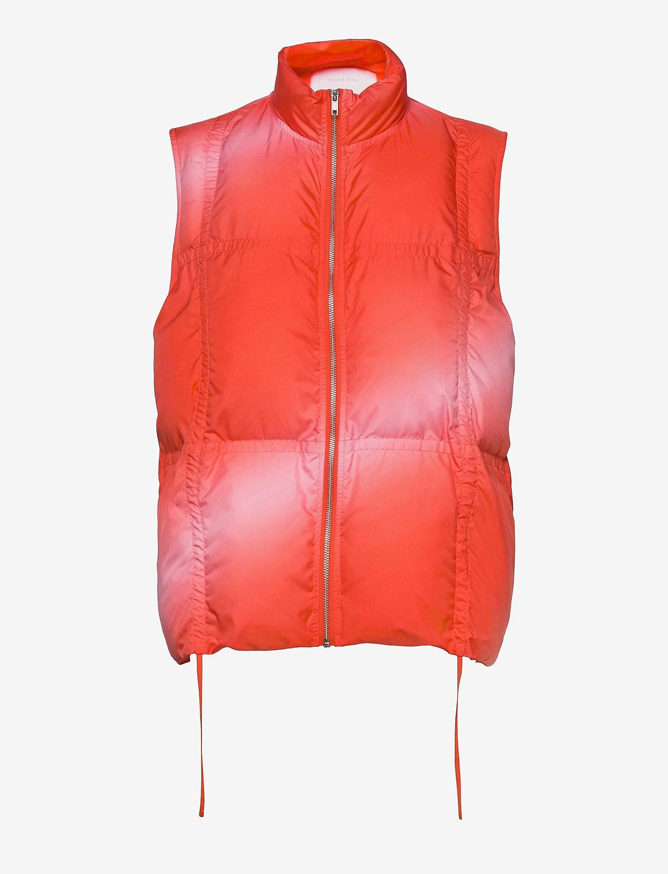 Hosbjerg - CATH DONNA TAMARA VEST - puffer vests - red fade - 0