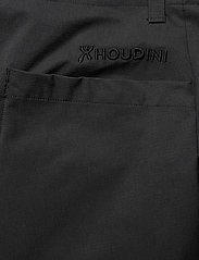 Houdini - W's Daybreak Shorts - outdoor-shorts - true black - 4