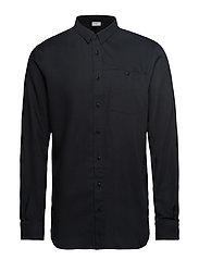 M's Out And About Shirt - TRUE BLACK