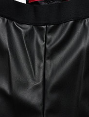 HUGO - Honati - lederhosen - black - 2