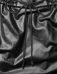 HUGO - Relani-1 - korta kjolar - black - 2