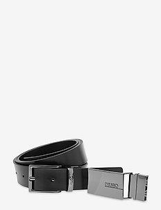 Gus_Gb30_stripe - skärp - black