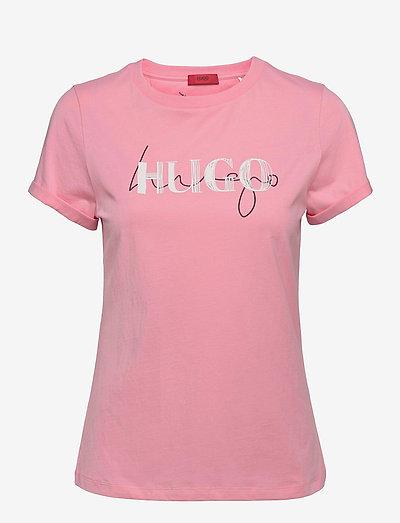 The Slim Tee 9 - t-shirts - bright pink