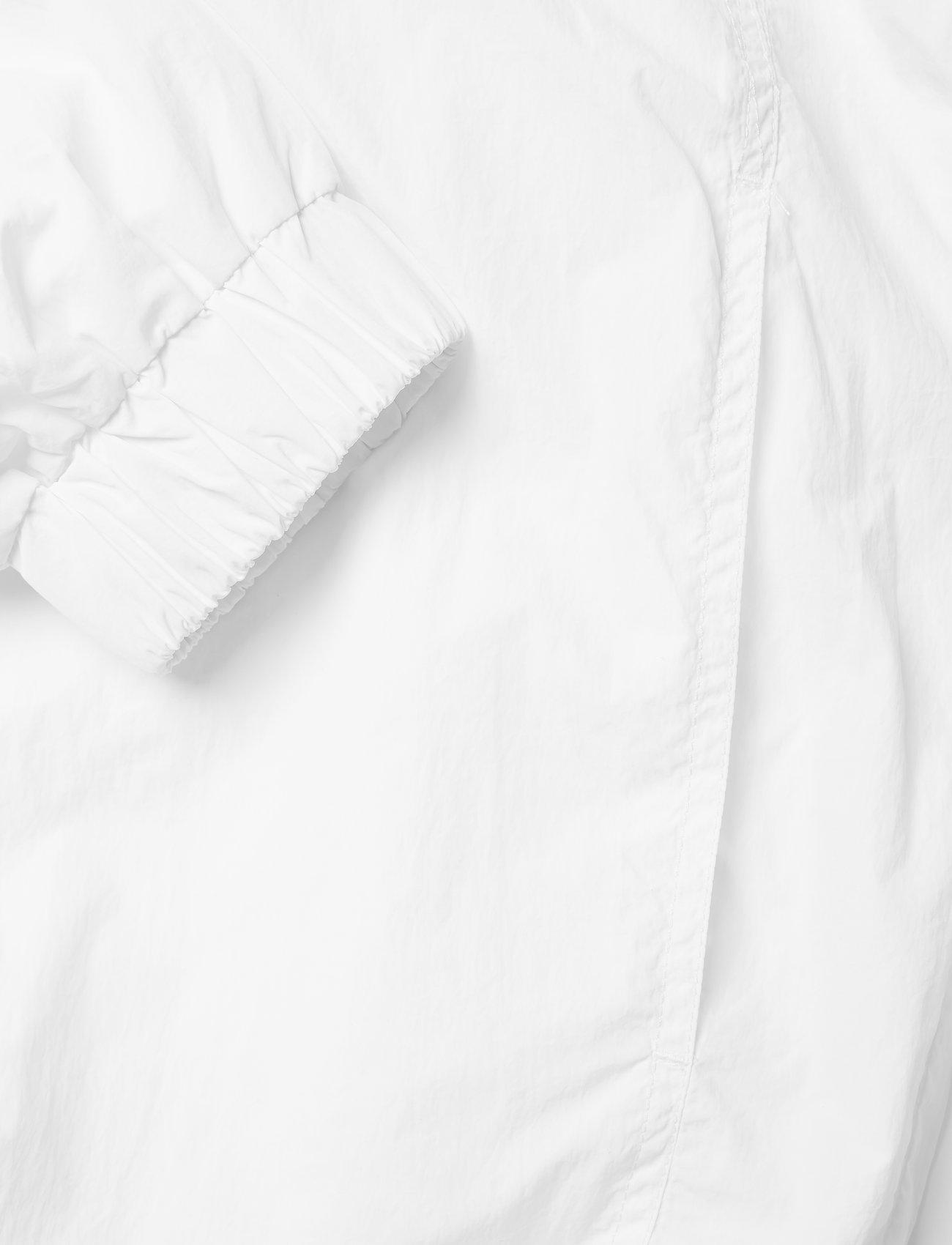 Hmlcalista Half Zip Jacket (White) (550 kr) - Hummel Hive