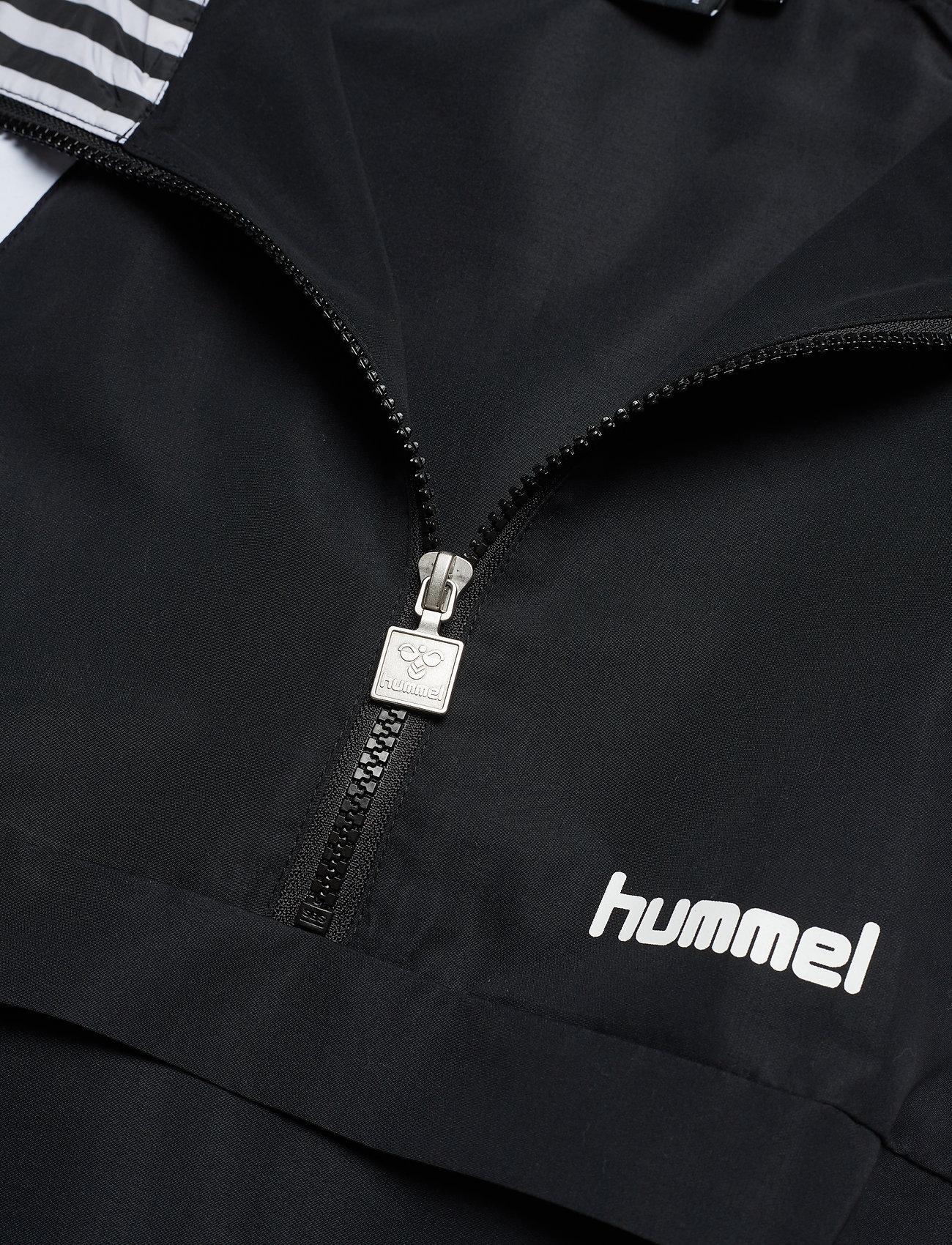 Hmlchili Half Zip (Black) (1000 kr) - Hummel Hive