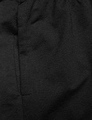 Hummel - HMLGO COTTON BERMUDA SHORTS - casual shorts - black - 2