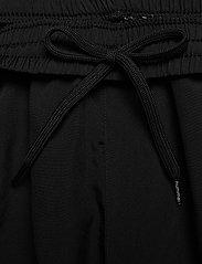 Hummel - hmlAUTHENTIC TRAINING SHORT - treningsshorts - black/white - 5