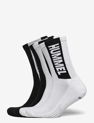 hmlLEGACY CORE 4-PACK SOCKS MIX - almindelige strømper - white/black