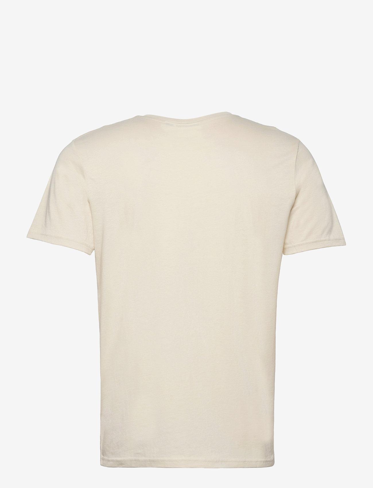 Hummel hmlACTON T-SHIRT - T-skjorter BONE WHITE - Menn Klær